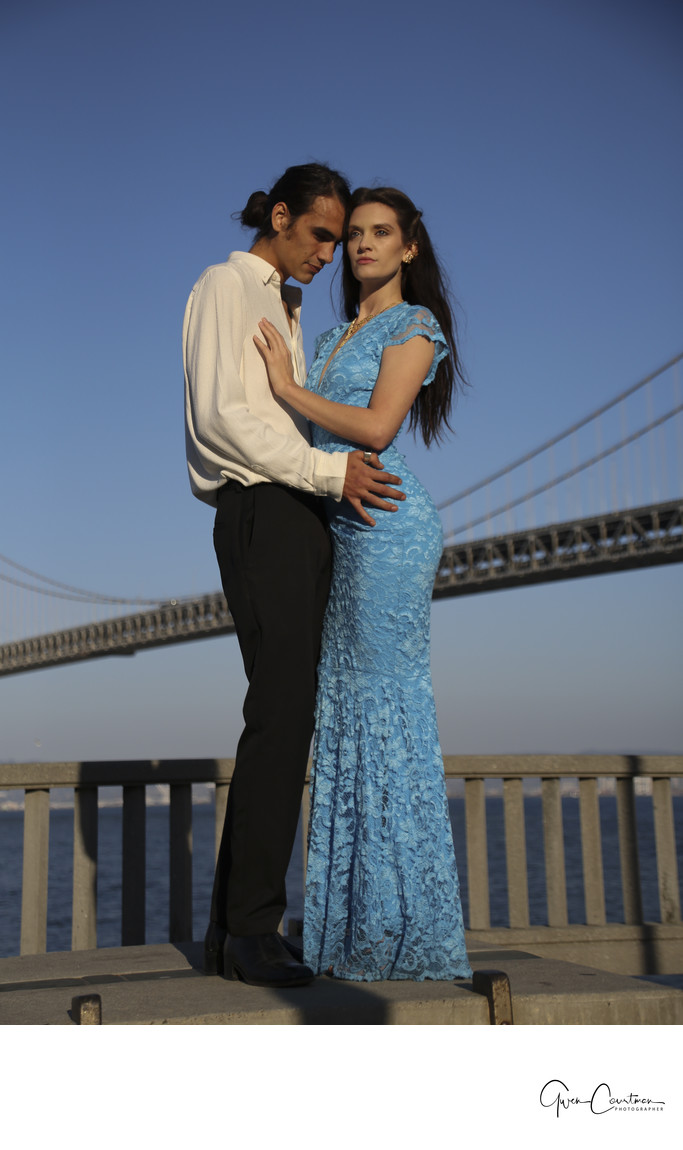 San Francisco Engagement Photo Shoot by the bridge