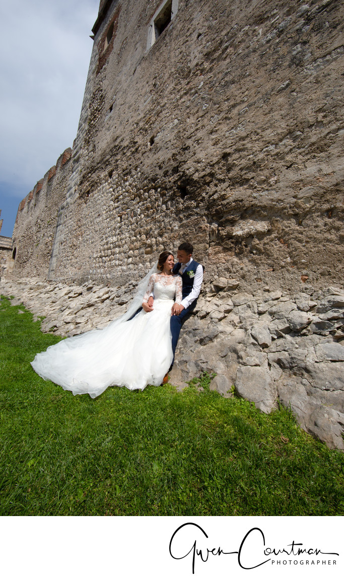 Wedding photos in Malcesine Castle Grounds.