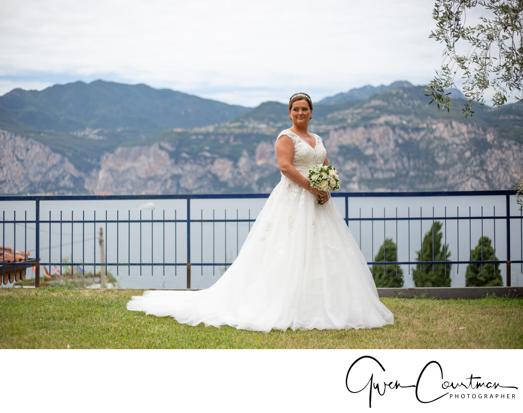 Charlotte ready to marry in Malcesine, Italy