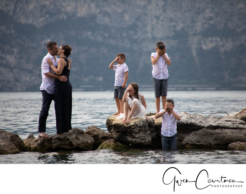 Family trash the dress session Malcesine