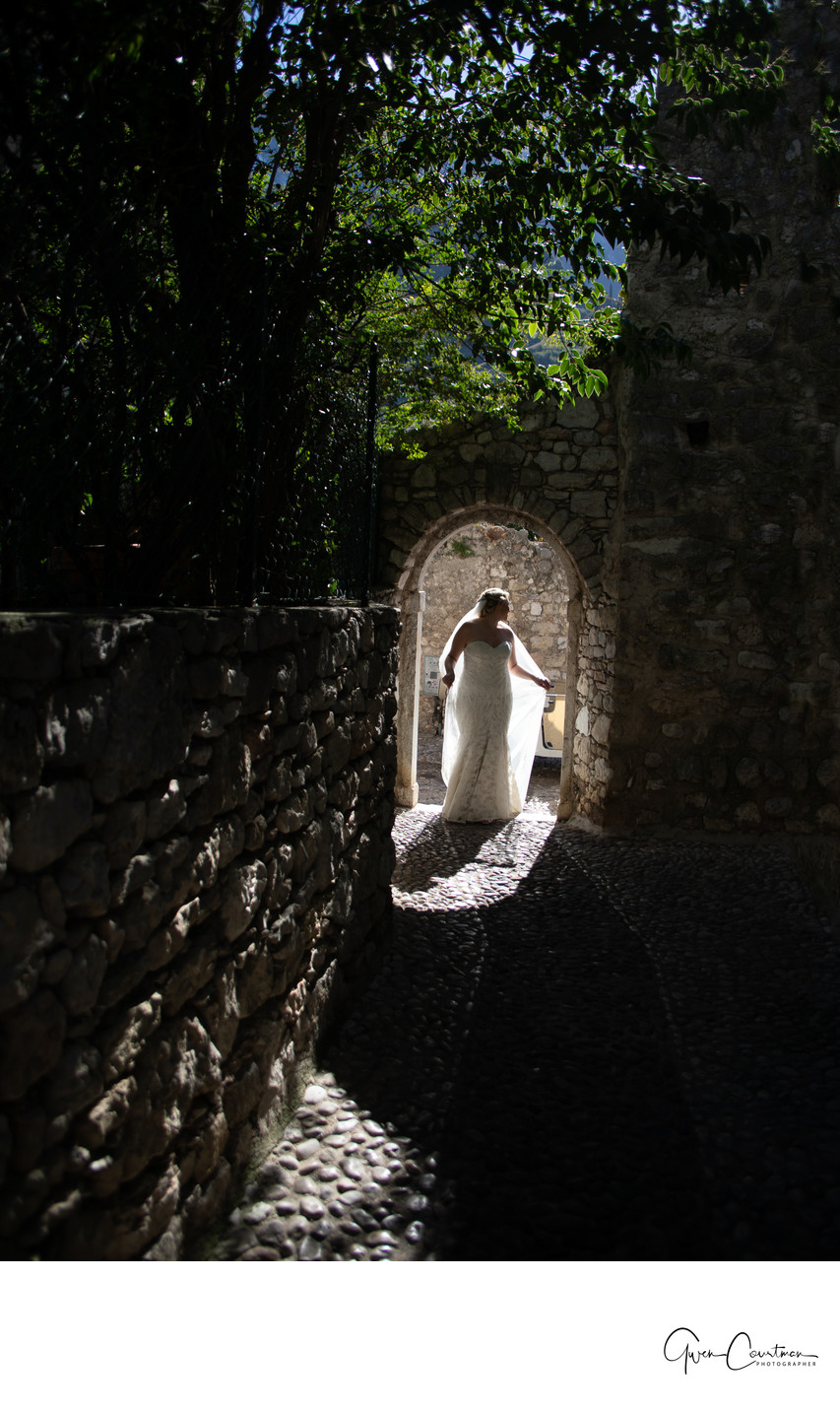 Simply Glowing Bride, Malcesine Castle Wedding.