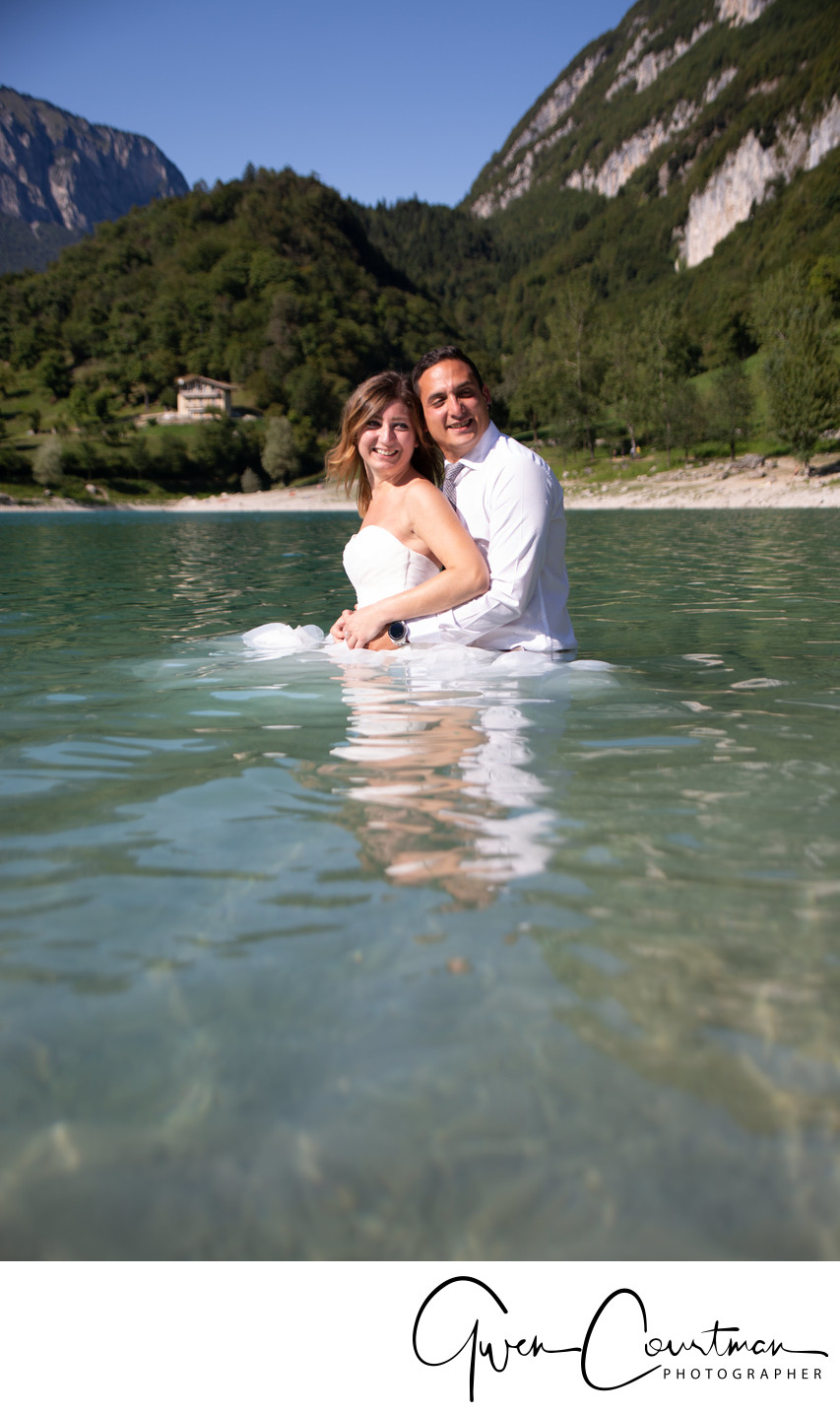 Fun Drown the gown photos in Italy, Lake Garda