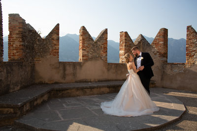 Romantic wedding venues in Italy.  British Wedding Photographer in Italy, Malcesine Castle. Malcesine Castle Award Winning Photographer.