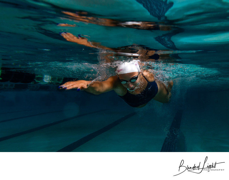 Best Raleigh Underwater Swimming Portrait