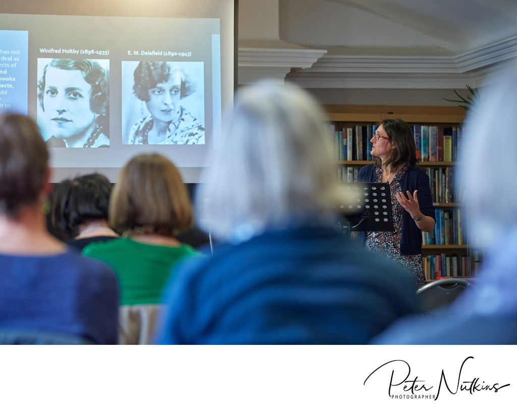 Presentations At Bromley House Library Nottingham
