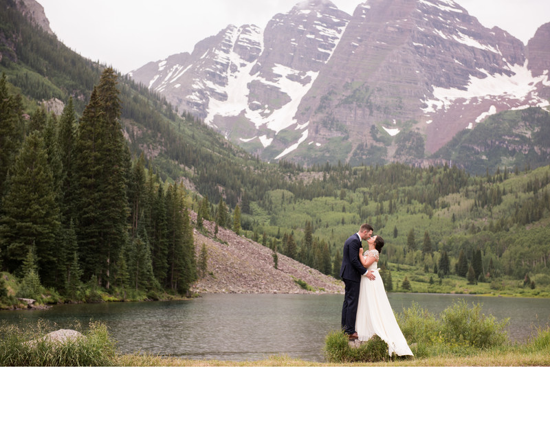 Bride and Groom in Aspen