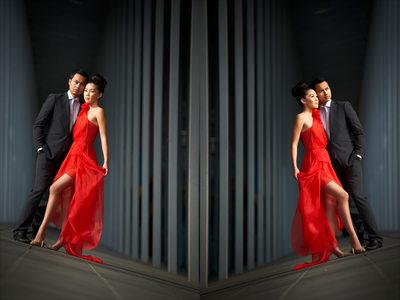 Symmetry and Refection in Engagement Photos