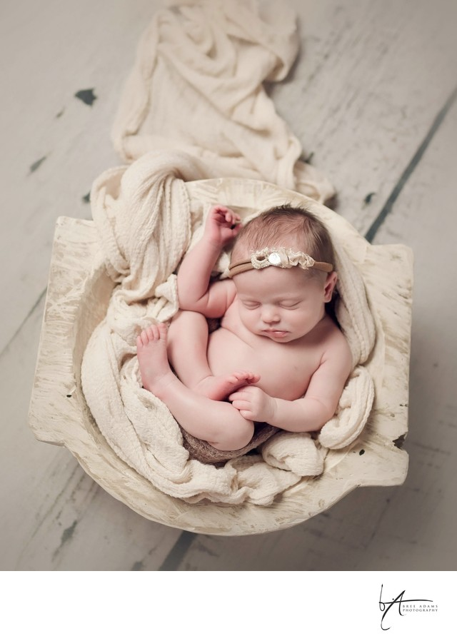 Mansfield photographer for baby's first photos