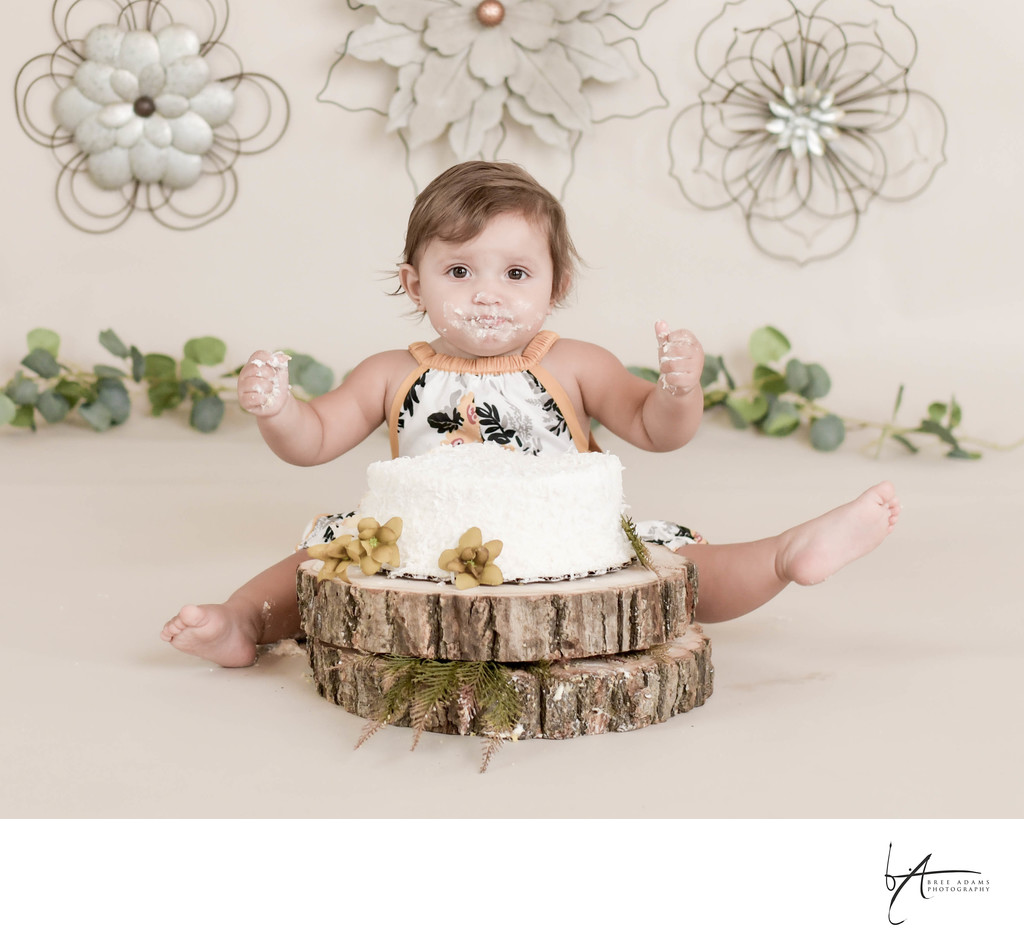 Cake smash photography session near Arlington, Texas