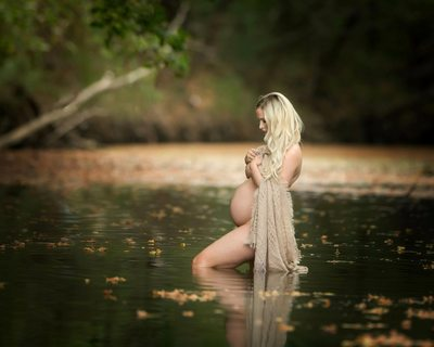 maternity image in water