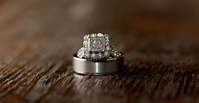 Dallas Wedding Photographer | Ring Shot