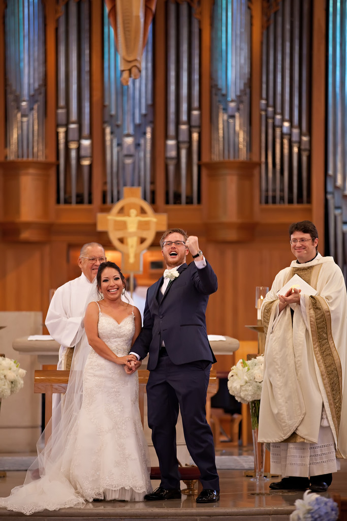 Enthusiastic Groom | St Rita Catholic Church