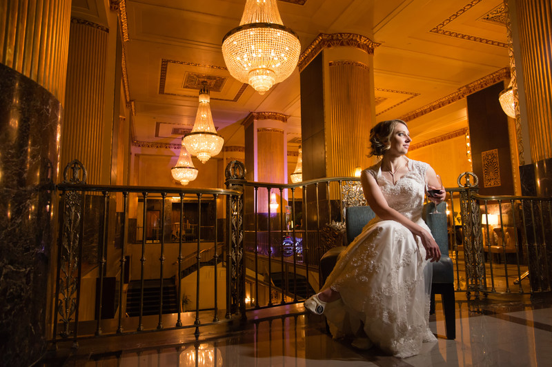Hilton Milwaukee Wedding Photographer Chandelier Bride