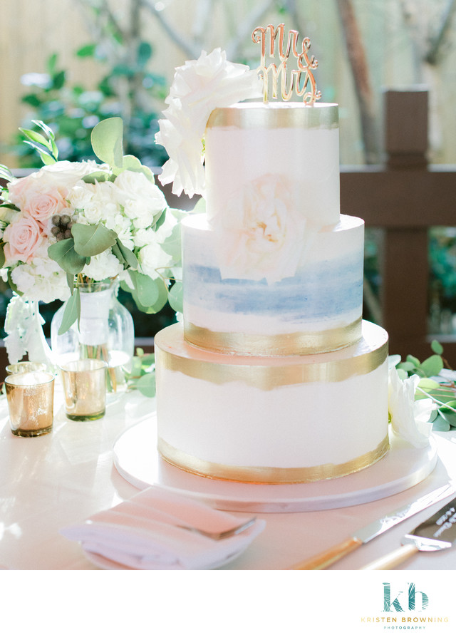 Earth and Sugar Wedding Cakes