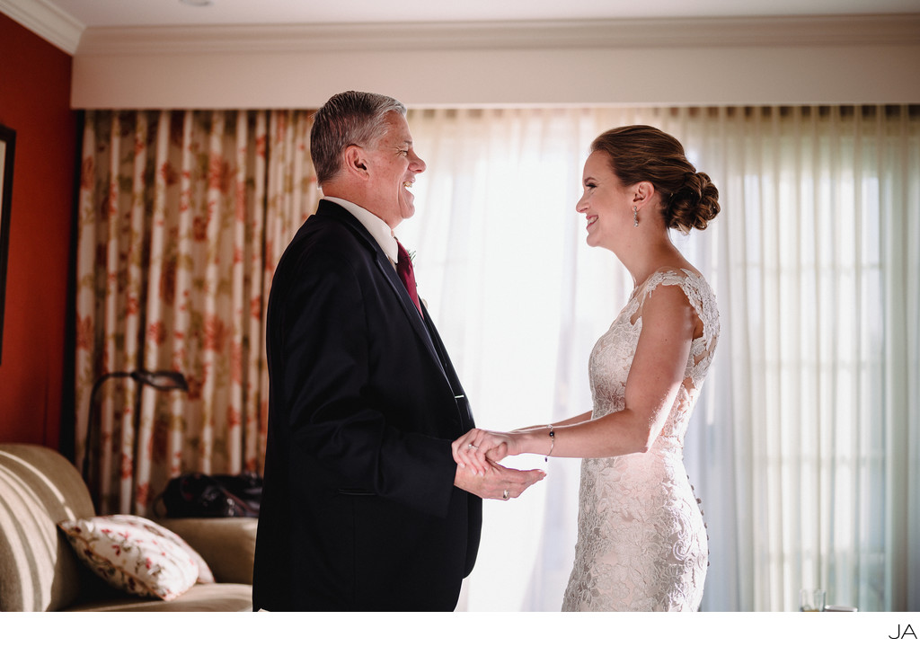 Bride seeing her father