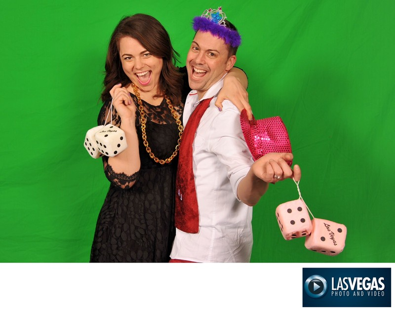 corporate event photographer green screen couple before