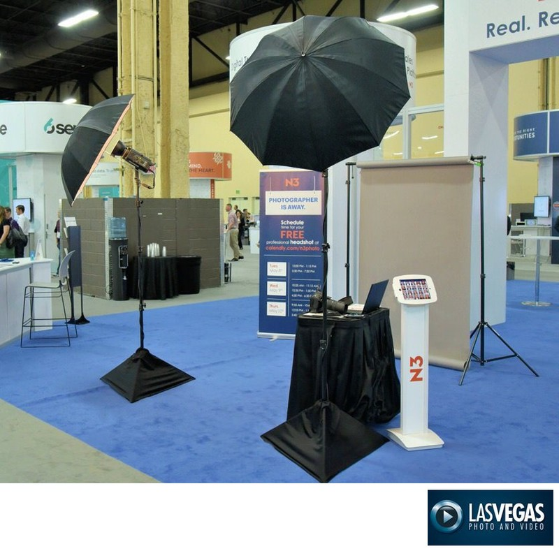 trade show corporate headshot station & I-pad kiosk