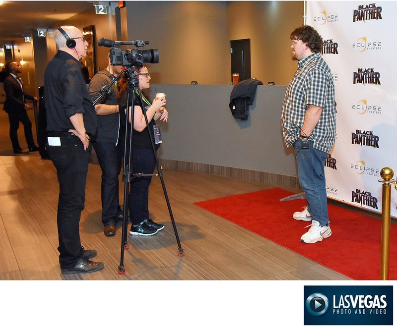 social media videographer movie step & repeat