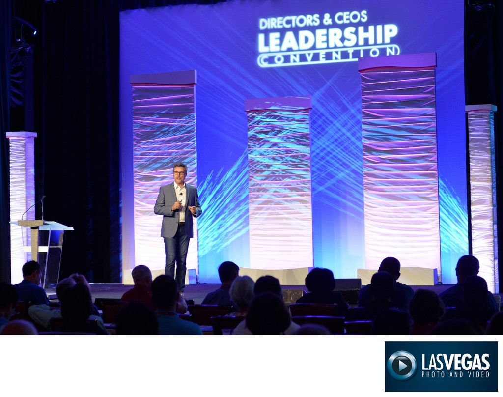 Corporate event photography - general session speaker