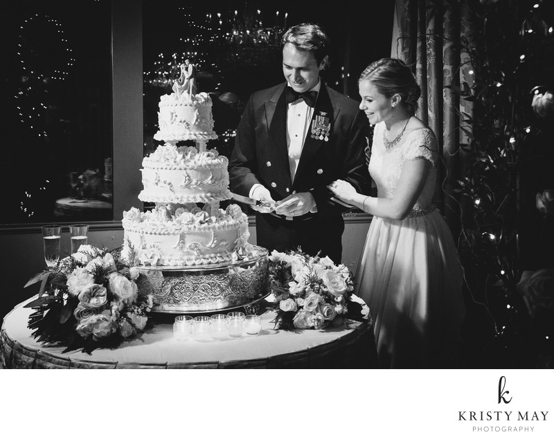 Cake Cutting at Windsor Court Hotel Wedding New Orleans