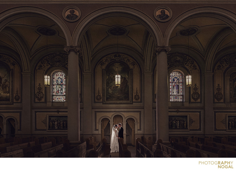 creative and artistic Toronto wedding photography