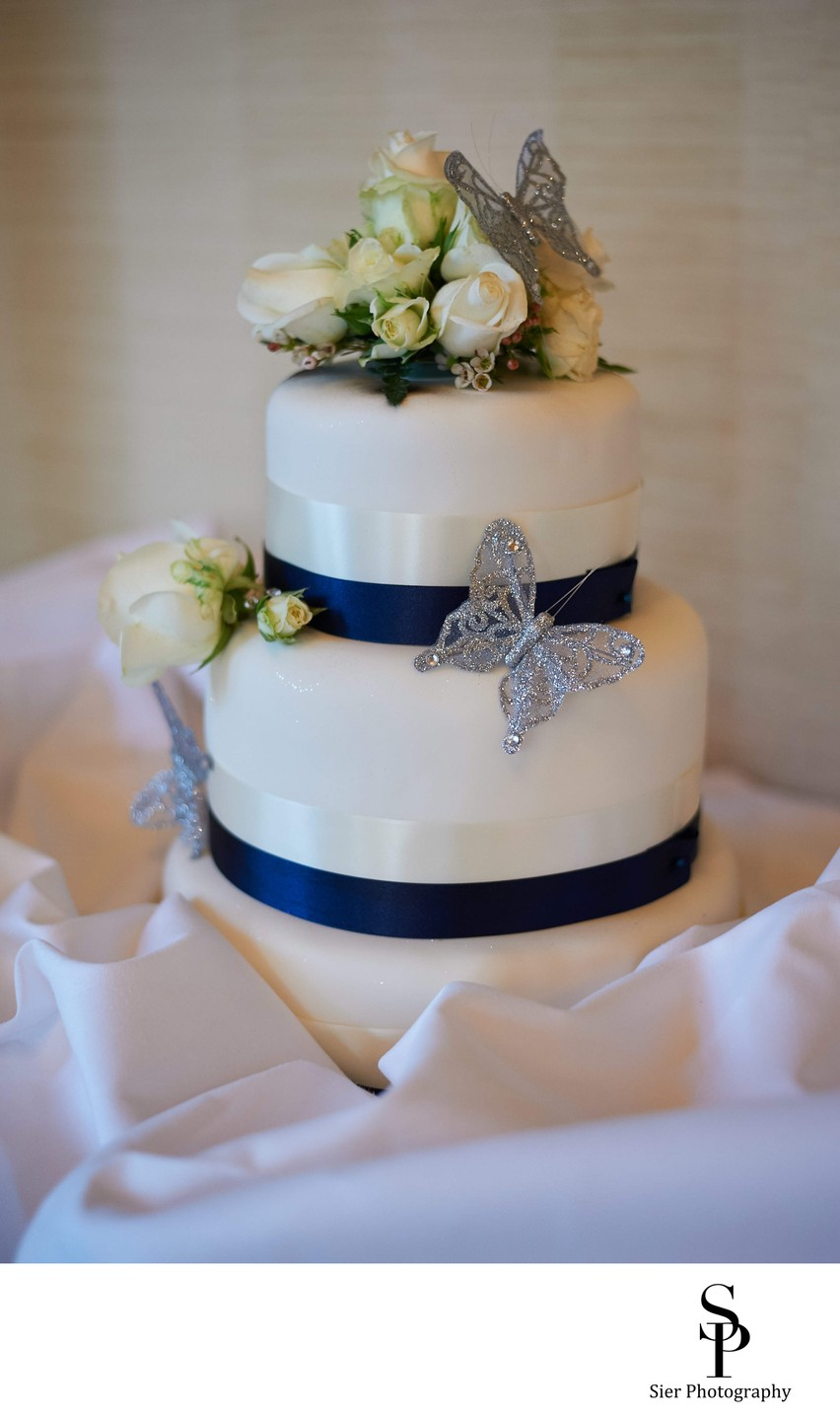 Kenwood Hall Wedding Cake