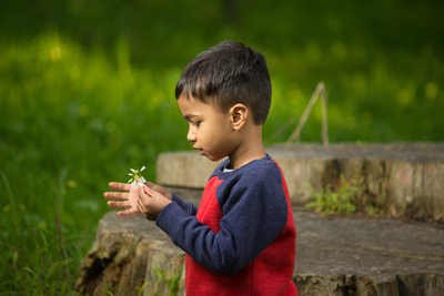 young-boy-with-flower-golden-gate-park