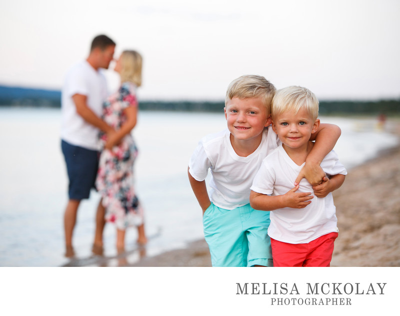 Photobomb | Family Portait Photography | Lake Michigan