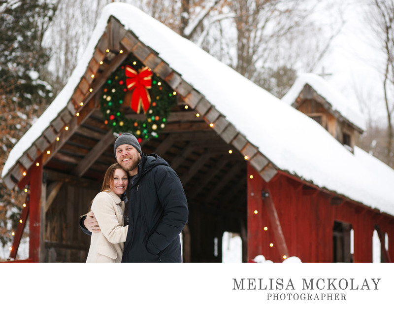 Festive Snuggles | Family Portrait Photography | NMi