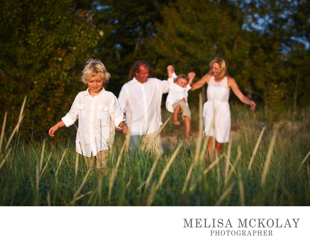 The Family That Plays Together | Family Session | NMi