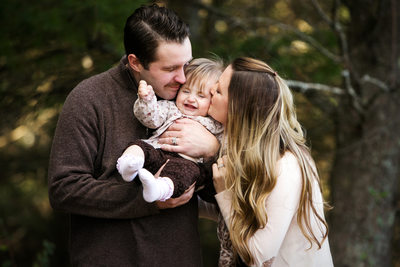 Squeal | Family Portrait Photography | Northern Mi