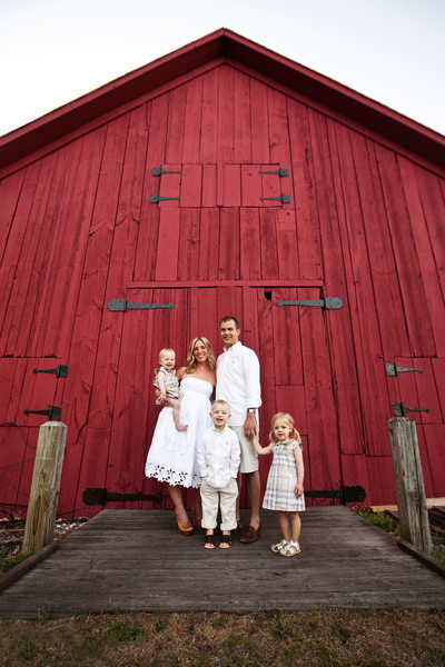 Big Red Barn | Family Portrait | Leelanau County