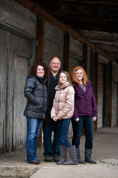 Warehouse District | Urban Family Portrait | TC, MI