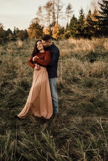 Fall Engagement Photography in Fort Langley