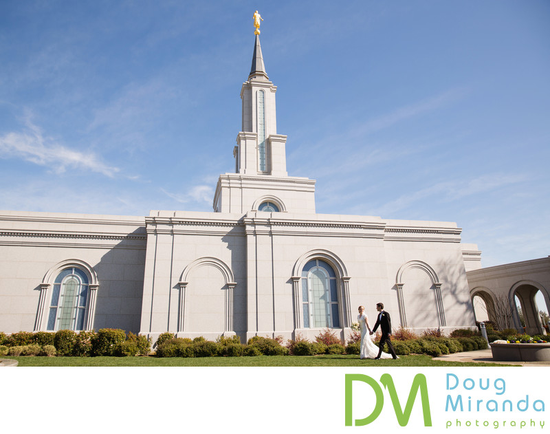 Sacramento LDS Temple Wedding Photographer