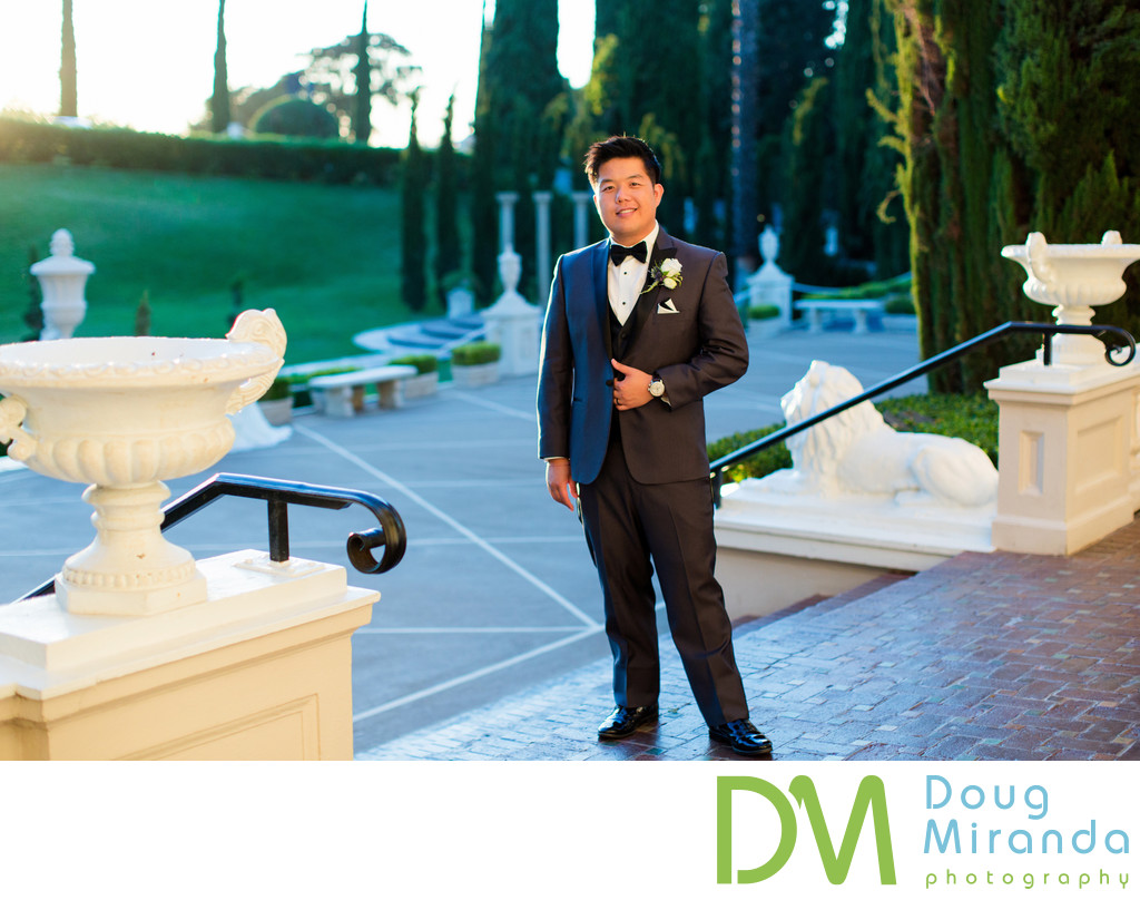 Groom Pictures at Grand Island Mansion