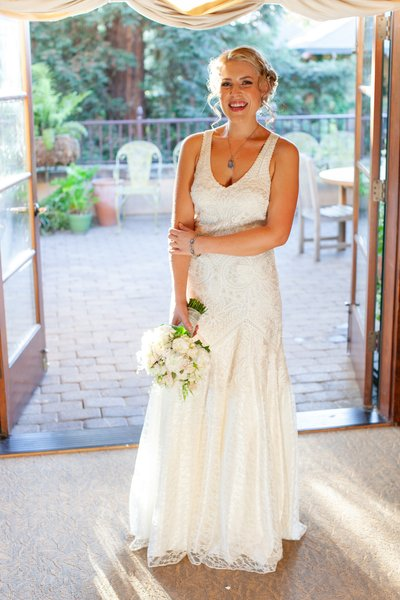 Wine and Roses Bridal Photo