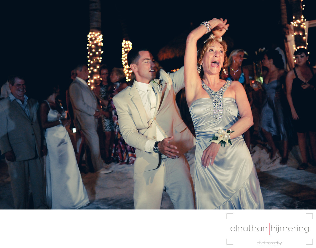 Mother Son Wedding Dance.Mother Son Dance Aruba Wedding Photographer Elnathan Hijmering