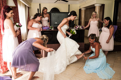 bride and girls getting ready