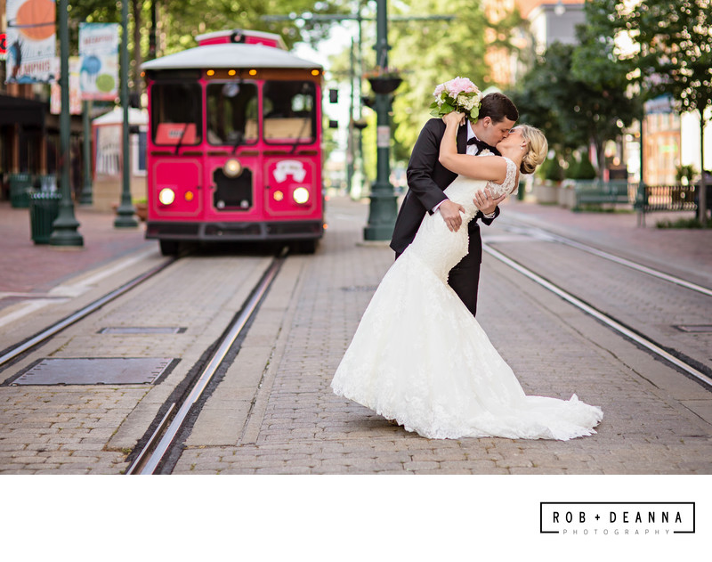 Downtown Memphis Wedding Photographers