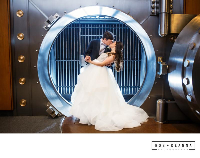 Memphis Wedding Photographer The Columns Vault