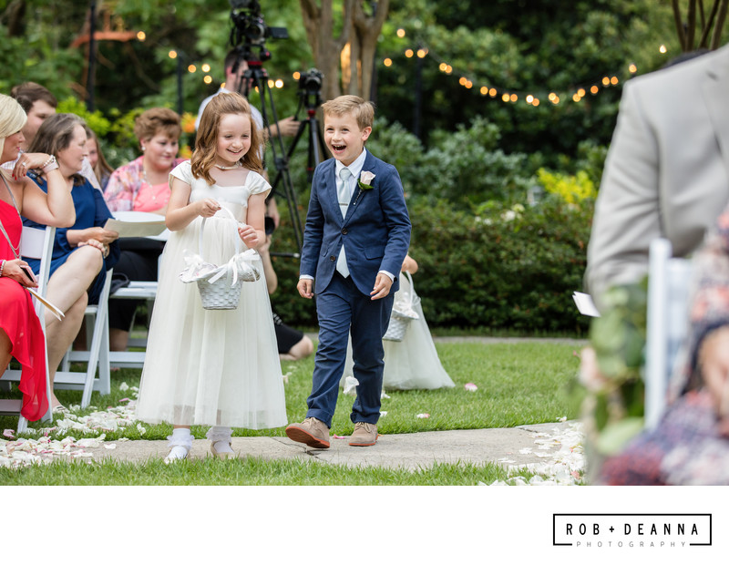 Memphis Wedding Photographer Annesdale Ceremony Kids