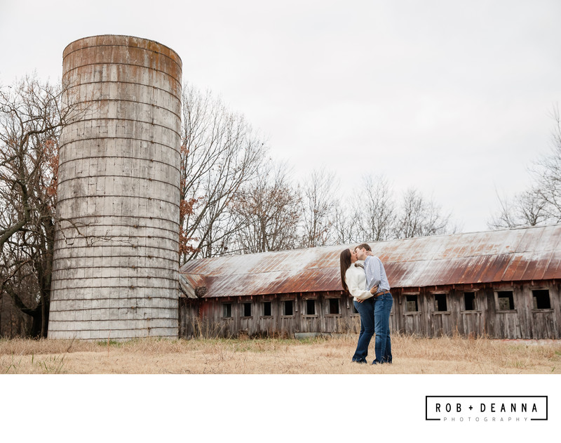 Memphis Wedding Photographer Mississippi Wedding Silo