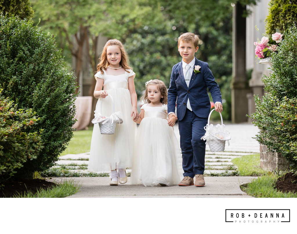 Memphis Wedding Photographer Annesdale Flower Girls