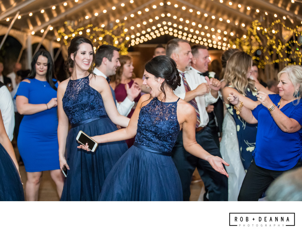 Memphis Wedding Photographer Hunt Phelan Dancing