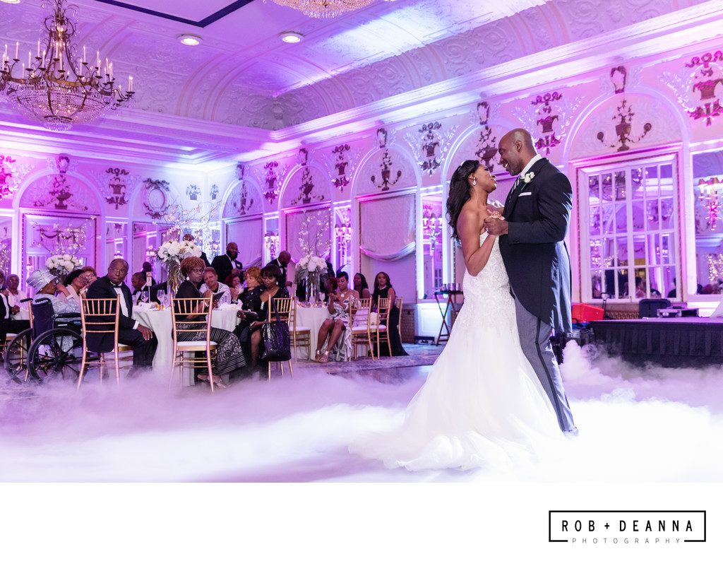 Memphis Wedding Photographer Peabody First Dance