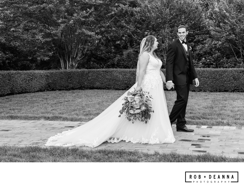 Memphis Wedding Photographer Heartwood Hall Walking