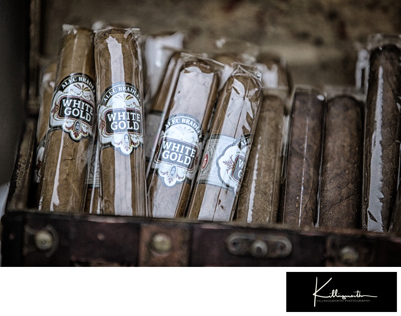 white gold wedding cigars