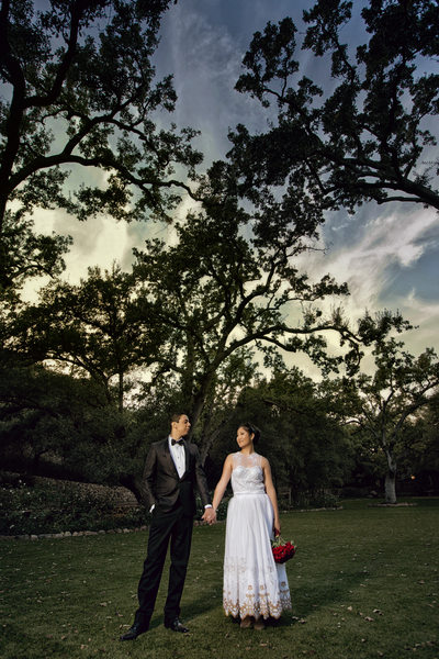 epic oak canyon ranch wedding photo