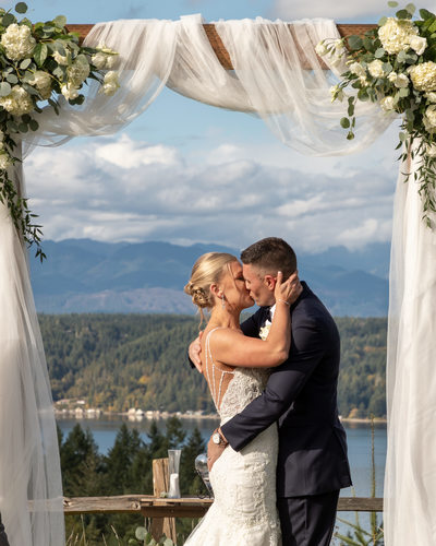 Alderbrook Golf Wedding Photographer